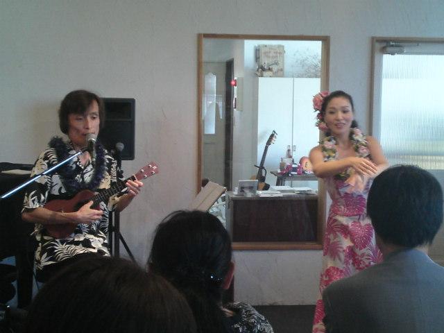 ウクレレ&フラのライブに行きました!(春日井)