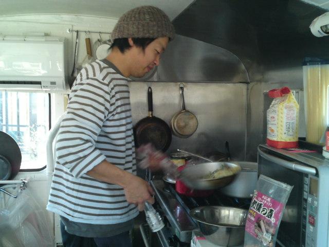 お昼は「食堂車」にて(食べ歩き/犬山市)