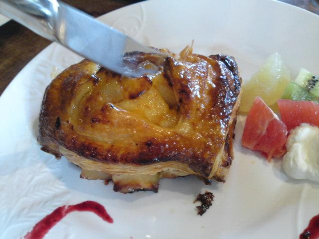 アップルパイって…(食べ歩き/扶桑町)