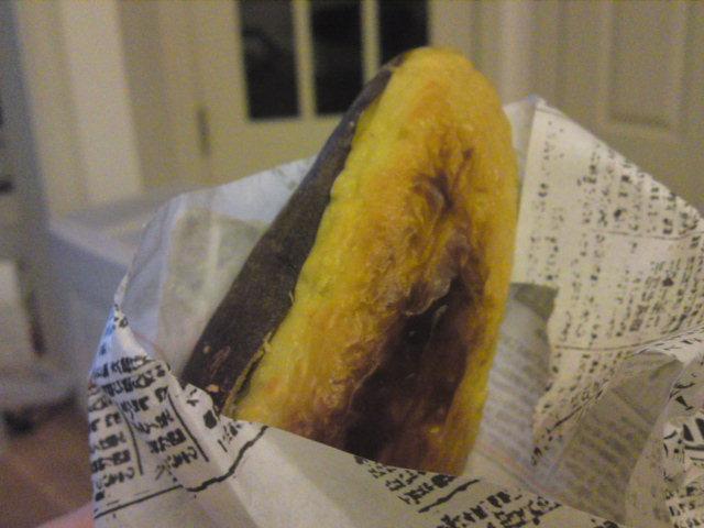 自画自賛の焼き芋(買い食い/江南市)
