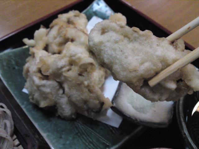 「楽じ庵(らくじあん)」の牡蛎天ぷら蕎麦(食べ歩き/一宮市)
