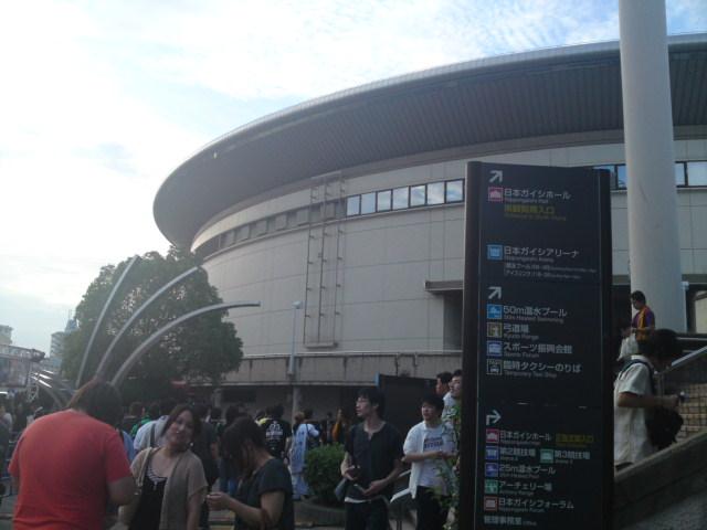 水樹奈々さんのコンサートに初めてお邪魔致しますね。